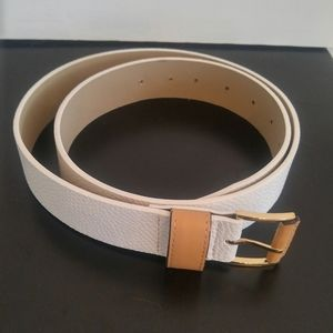 Ann Taylor White Belt with Gold Buckle Small NWOT